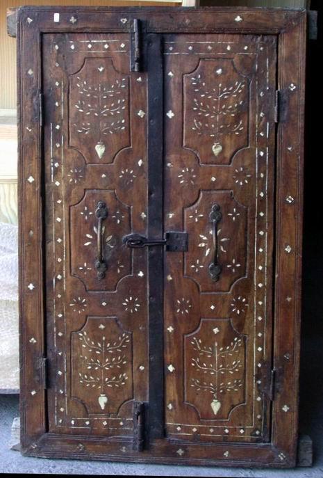 Pin puertas balcon madera ventanas genuardis portal on - Puertas madera antiguas ...